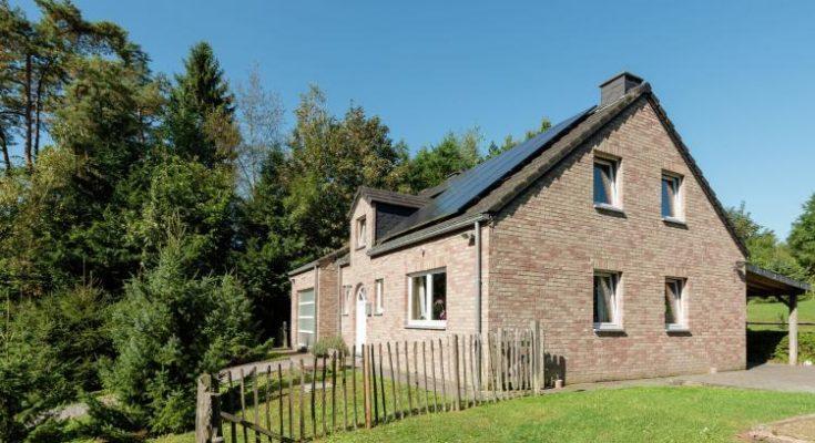 Villa du Bonheur - BE-5820. Villa  - Prijsvoorbeeld € 786 per week