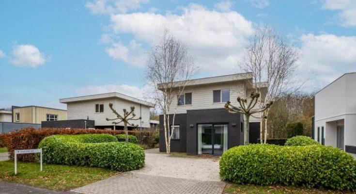 Villa Black & White Harderwijk 209 - NL-11203