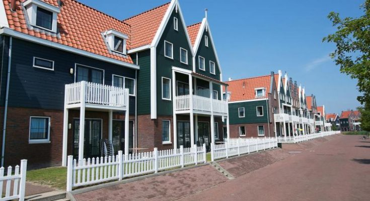 Marinapark Volendam 13 - NL-13252