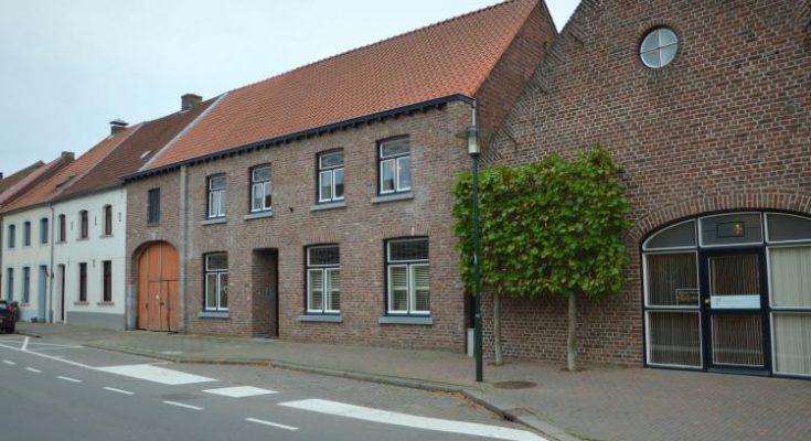 Maasheuvel - NL-2047