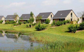 Maaspark Boschmolenplas - Tuinblik - NL-3488
