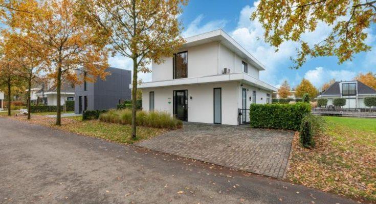 Villa Luxury Harderwijk 243 - NL-6397