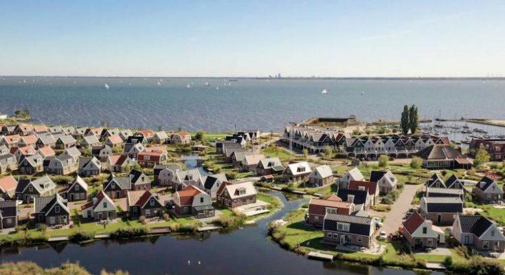 Resort Poort van Amsterdam 4 - NL-7339